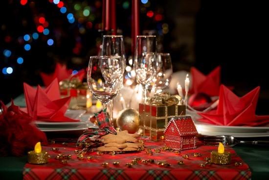 Самые интересные варианты сервировки стола на Новый 2019 год