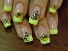 Пчела на ногтях 2020 фото варианты