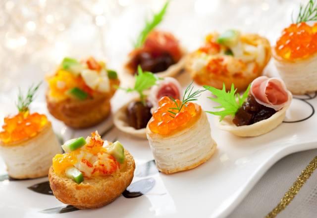 Новогодние закуски 2019: Актуальные, вкусные рецепты с ФОТО