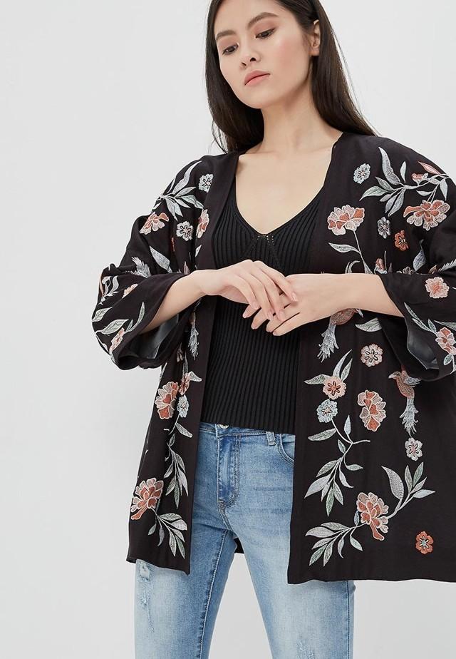 Мода для женщин после 40 весна-лето 2020 фото тенденции