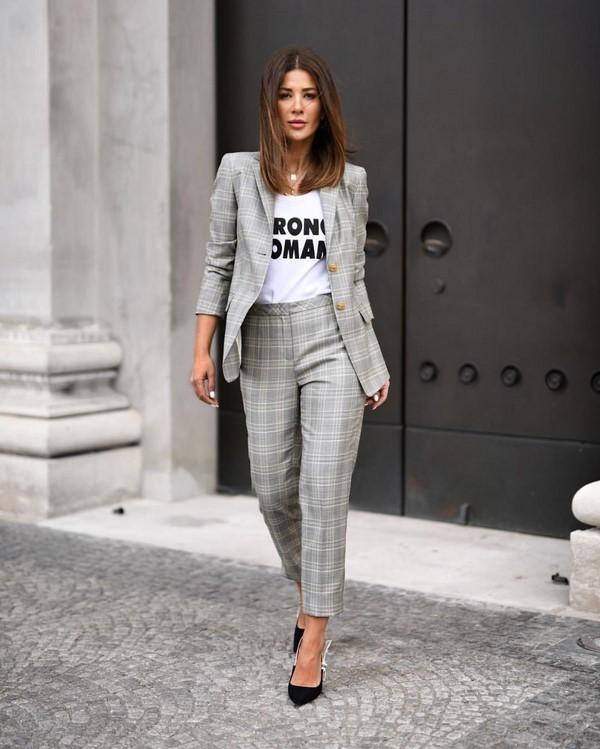 Что модно носить в августе 2019 года: тренды, новинки месяца