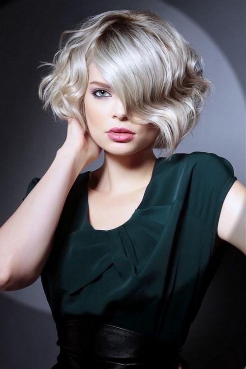 Модные стрижки на вьющиеся волосы 2020 фото стильные идеи