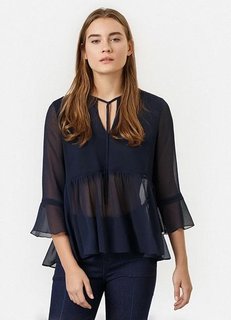 Модные женские блузки весенне-летнего сезона 2020: луки фото