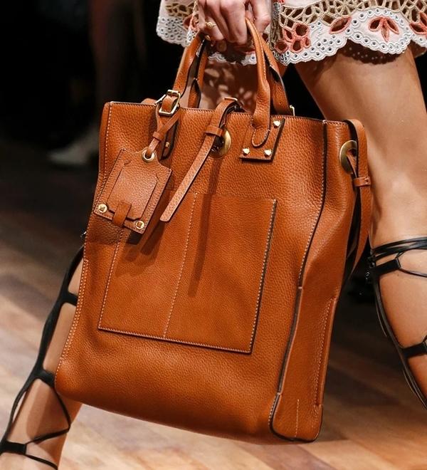 Модные сумки от Шанель весна-лето 2020 фото тенденции