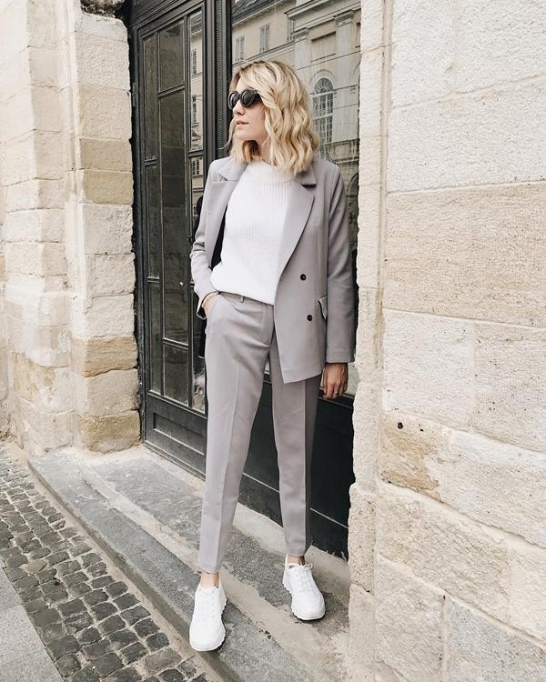 Белый верх черный низ в одежде 2019-2020 модные идеи 54 фото