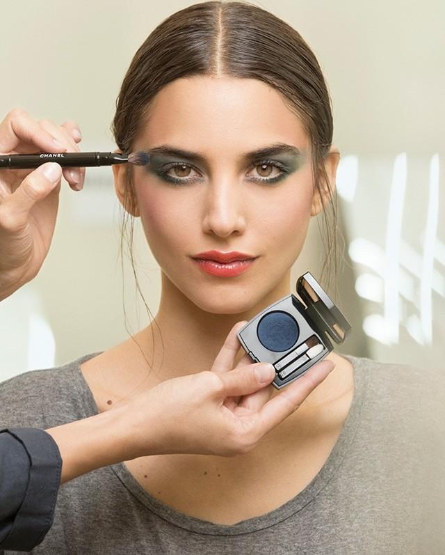 Модный макияж глаз весна-лето 2020 фото тенденции новинки