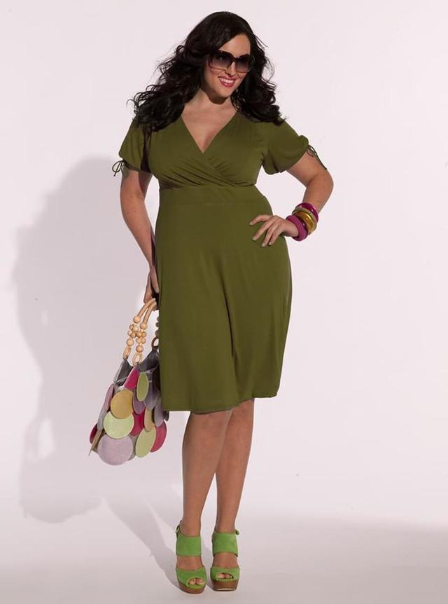Модная одежда для типа фигуры яблоко фото 2020 новинки