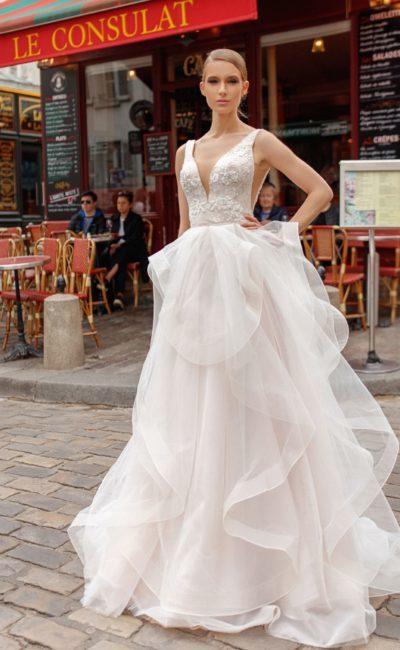 Кружевные свадебные платья 2019: роскошные фасоны, фото