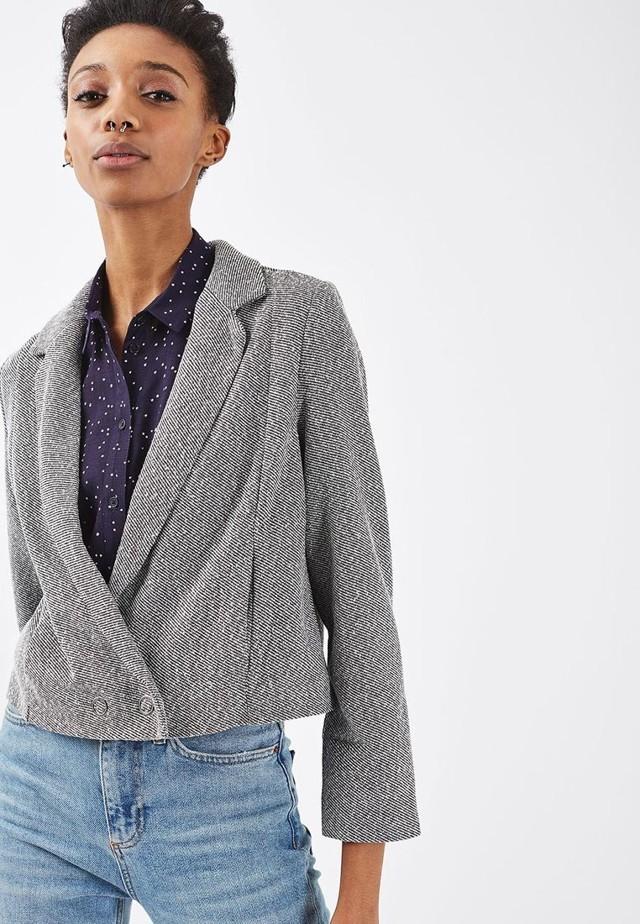 Базовый гардероб лето 2020 модные луки новинки идеи 39 фото