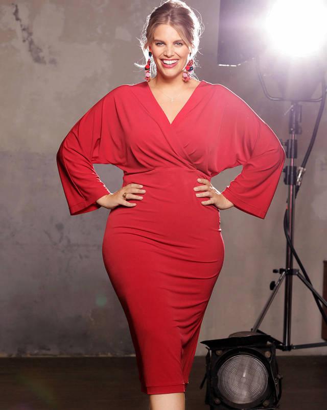 Модные платья для полных женщин 2020 удачные фасоны фото