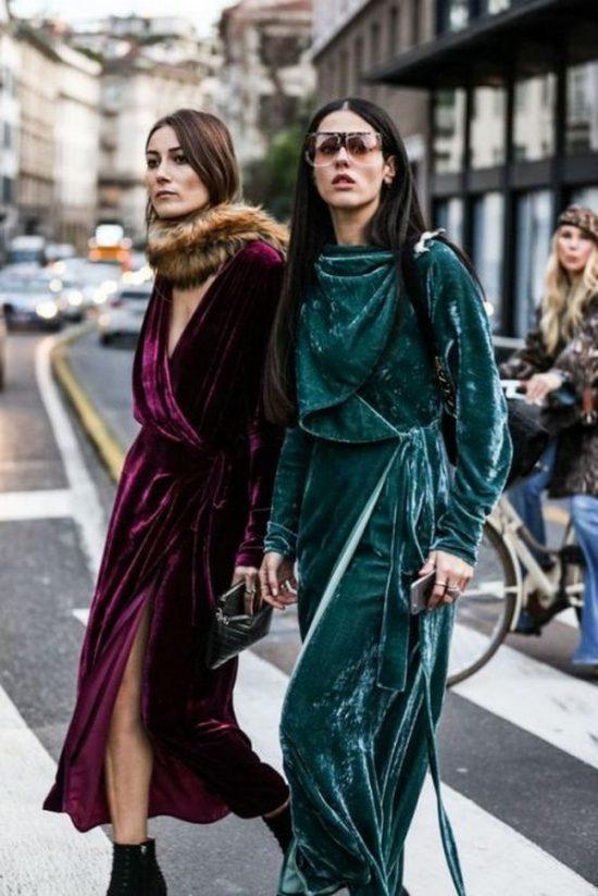 Велюровые бархатные платья 2020 фото модных новинок