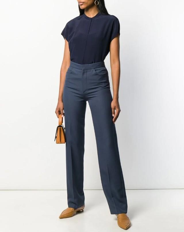 Кожаные платья 2020 модные тенденции новинки 40 фото